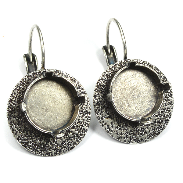 12mm Rivoli drop earrings base with decorated element