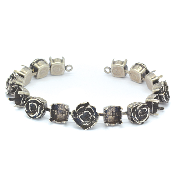 39ss,24pp Flowers Bracelet base with  two side loops