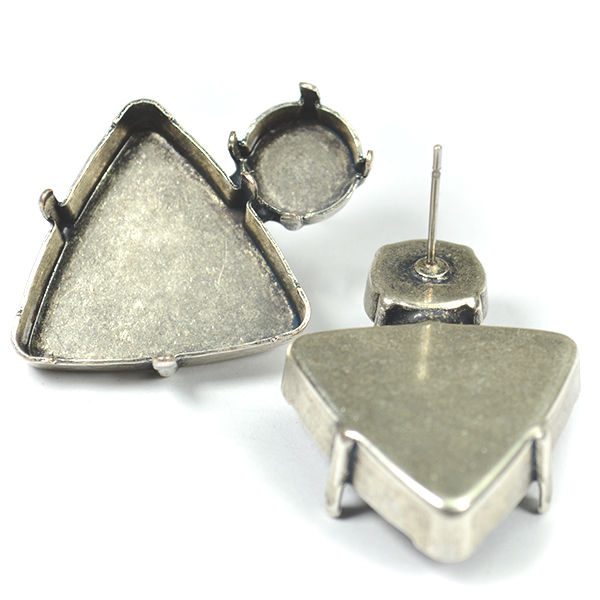 23mm Triangle with 10mm Rivoli stud earring Base