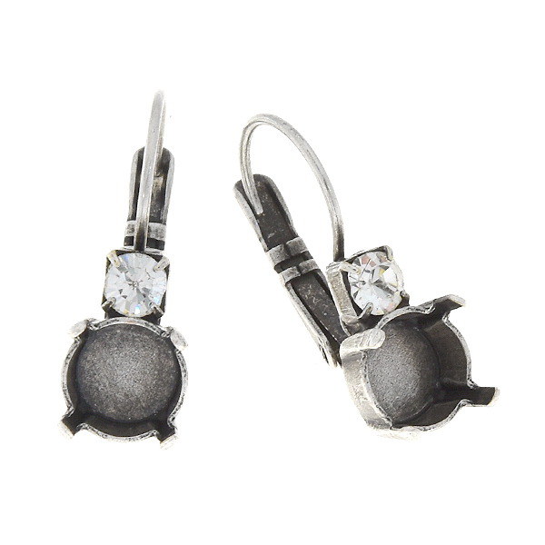 39ss Leverback Earrings settings with 32pp SW crystal