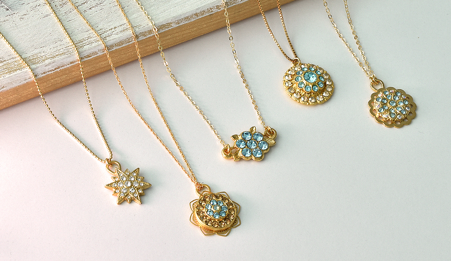 Be Taught By Invoice Gates Around Gold Plated Pendants Wholesale